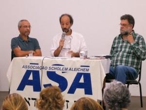 Luís Edmundo (com o microfone), Eduardo Serra ( de camisa xadrez) e o diretor Jacques Gruman