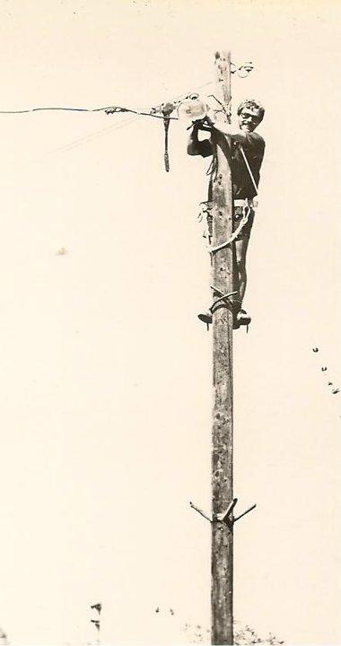 Mauro era o eletricista do kibutz Gezer, 1984